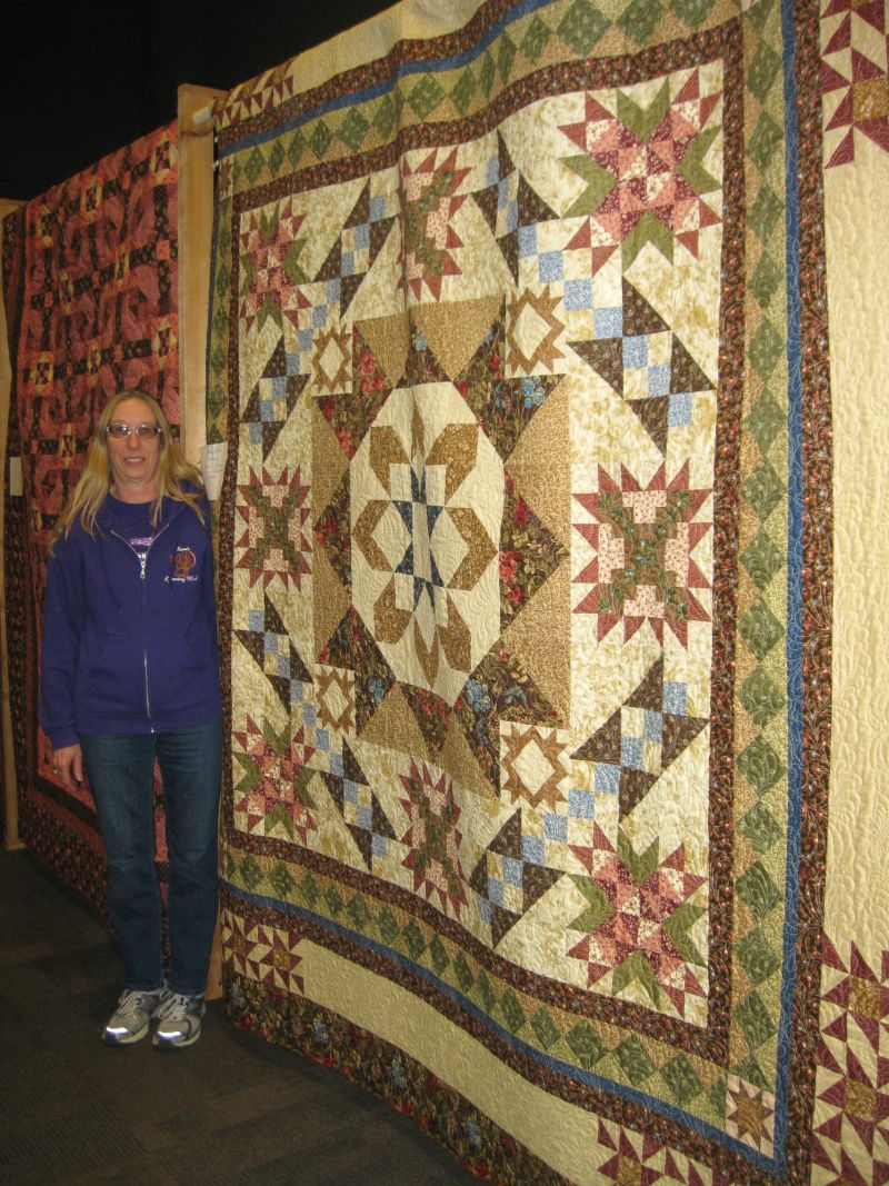 Viewer's Choice Winner - Machine Quilted