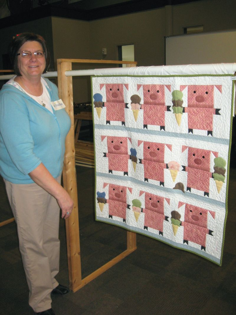 Viewer's Choice Winner - Wall/Baby Quilt