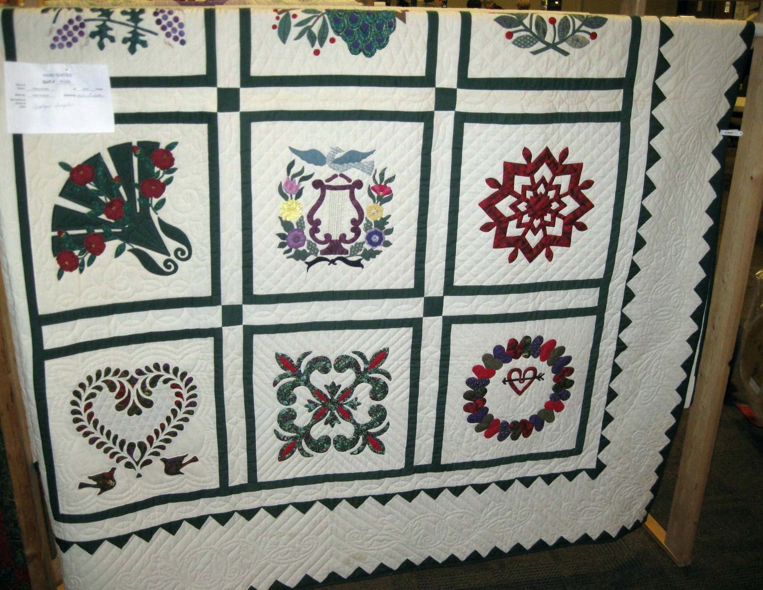 Viewer's Choice Winner - Hand Quilted
