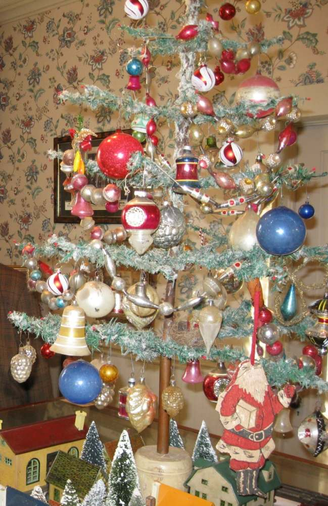 Antique Feather Tree and Ornaments, Christmas Season 2012
